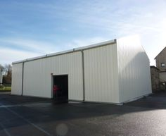 #Bâtiment #démontable #modulaire Legoupil Industrie, location entrepôt de stockage de 300m² pour une durée de 18 mois.