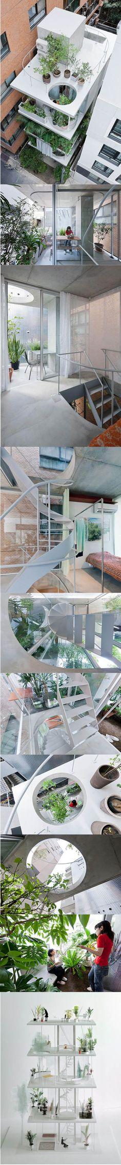 2011 Nishizawa - House and Garden / Tokyo Japan / white concrete glass / minimalism / photographs: Iwan Baan