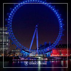 Parece, mas não é o London Eye. Esta roda gigante de 55 metros de altura fica nas américas, mais exatamente em Washington DC, na área do National Harbor.  Se você passar pela região, tem que aproveitar e bater cliques incríveis da paisagem de lá do alto.  #viagem #internacional #washington #enricorossi