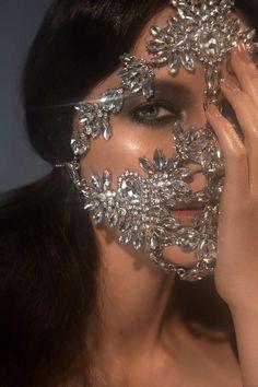 Face Jewellery, Jewellery Diy, Jewlery, Face Veil, Fantasy Jewelry, Fashion Face Mask, Mode Inspiration, Diy Face Mask, Face Masks