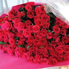赤いバラ100本の花束をプレゼント