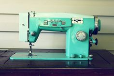 turquoise sewing machine!?