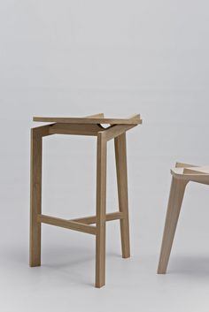 furniture design · detail ·           ·   Carpenter stools Solid maple & solid oak Prototypes - baptiste-pilato-fr