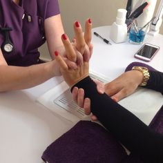 Sarah offers and hour and half treatment time for her reflexology sessions so come by the salon to talk to Sarah and book your appointment today.