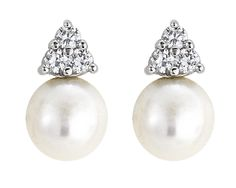 Simulated Pearls from Crislu Fashion Jewellery make the perfect Mother of the Bride Accessory