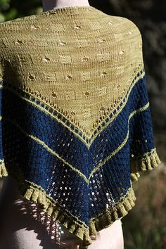 Ravelry: Polyhymnia's Triangle pattern by Rosemary (Romi) Hill