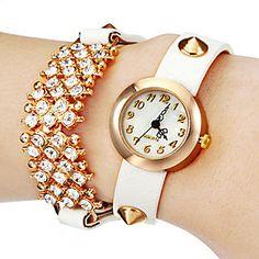 Women's White Dial White Rivet PU Band Analog Quartz Wrist Watch