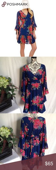 Betsey Johnson Rare Floral Bell Sleeve Boho Dress Like new size 14. Betsey Johnson. Lined. Bell sleeve. Floral print. Zip up back. Ties in back. Rare. No flaws free gift Betsey Johnson Dresses Mini