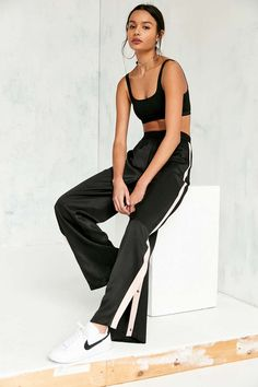 Silence + Noise Ashton Snap Button Track Pant - Urban Outfitters