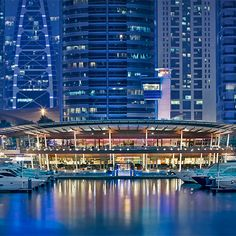 Marina Yacht Club very good in the evening for drink and to launch out Places To Travel, Places To Visit, Marina City, Dubai Golf, Caribbean Resort, Dubai Travel, Modern City, Yacht Club, Ultimate Travel