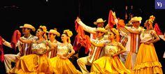 """Este 28 y 29 de abril se conmemorará el Día Internacional de la Danza"""" en el municipio de Chihuahua, con la participación de compañías locales y nacionales, en los teatros de los Héroes y de Cámara. Al público de la capital, se ofrecerá gratuitamente, como encontrar ritmos de salsa, Tropicana, clásica; mientras, se representarán danzas como el bellydance, gitana, folclórica y de nacionalidades española, rusa y china. AGENDA: VIERNES 28 DE ABRIL 16:00 horas Teatro de Cámara"""