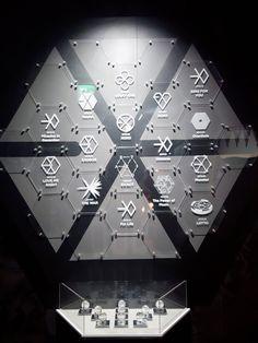 Exo is life Wallpaper Musica, Exo Wallpaper Hd, Wallpapers, Kpop Exo, Exo Chanyeol, Kyungsoo, Exo Ot12, Chanbaek, Exo Lucky