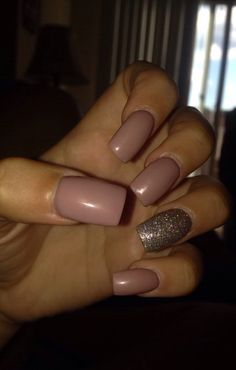 Cute nude nails perfect for the summer time