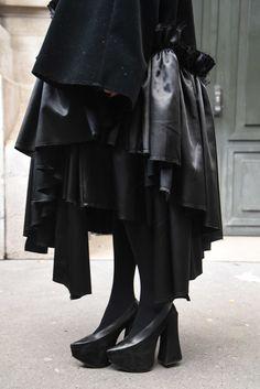 ストリートスナップパリ - 秋元梢さん - COMME des GARÇONS, RICK OWENS, コムデギャルソン, リックオウエンス