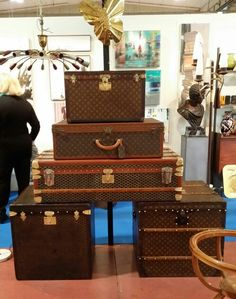 Vuitton and Goyard trunks (Mercante in fiera - Parma)