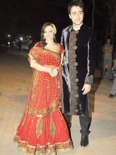 Bollywood star Imran Khan and his bride Avantika got married in great style, literally. As did Khans colleague Vivek Oberoi. We tell you which top Indian designers dressed them for their weddings - and why you should be wearing it too