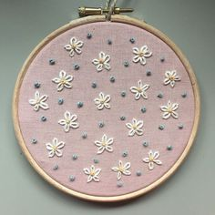 Most Noticeable Diy Embroidery for Beginners Patterns - Hand Embroidery Patterns Flowers, Embroidery Stitches Tutorial, Hand Embroidery Stitches, Machine Embroidery Patterns, Hand Embroidery Designs, Ribbon Embroidery, Embroidery Ideas, Quilt Patterns, Embroidery Sampler