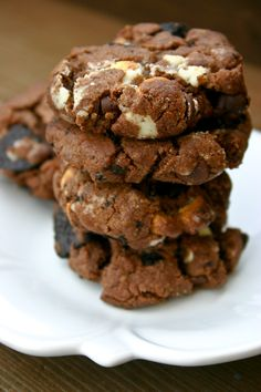 Bakergirl: Triple Fudge Oreo Crunch Cookies.i substituted half of the butter with cream cheese (kiri spread) and they turned out sooo good, soft and chewy, full of flavor