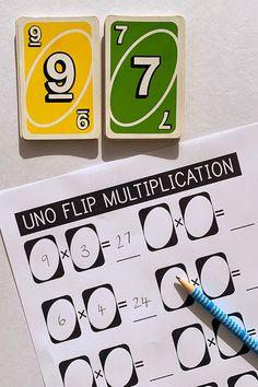 5th Grade Math Games, Math Games For Kids, Fourth Grade Math, Math Activities, Teaching Multiplication Facts, Subtraction Games, 4th Grade Multiplication, Maths 3e, Math Classroom