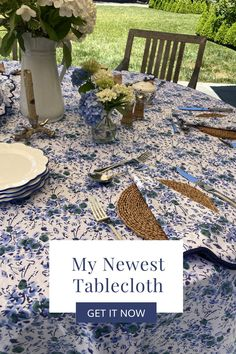 Elevate any table with my scalloped tablecloth. The blue floral pattern is a custom block print, and elegantly accented by navy scalloping. This set makes a wonderful gift for any occasion.