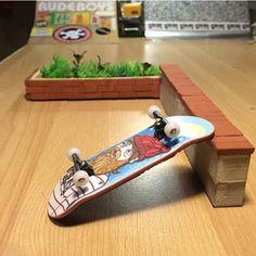 DIY Fingerboard Ledge via @greasy_fingerboards | Mini Materials