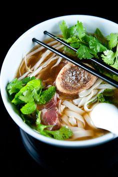 Pho Bo | Zen Can Cook Asian Recipes, Beef Recipes, Soup Recipes, Healthy Recipes, Asian Foods, Asian Cooking, Cooking Tips, Cooking Recipes, Ramen
