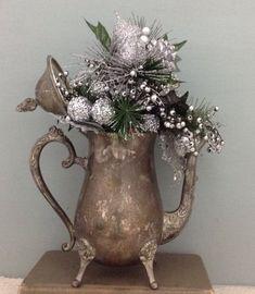 Silver Christmas Decorations, Christmas Centerpieces, Holiday Decor, Teapot Crafts, Vintage Christmas, Christmas Crafts, Silver Teapot, Farmhouse Christmas Decor, Handle