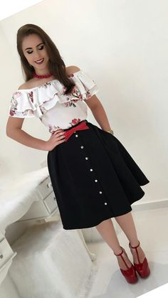 Swans Style is the top online fashion store for women. Shop sexy club dresses, jeans, shoes, bodysuits, skirts and more. Trend Fashion, Cute Fashion, Modest Fashion, Look Fashion, Womens Fashion, Modest Outfits, Classy Outfits, Chic Outfits, Fashion Outfits
