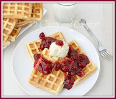 Curry and Comfort: Cherry Pie Waffles A la Mode #KitchenDrawerConte...
