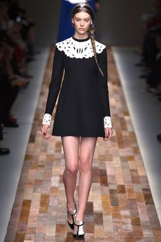 Valentino Fall 2013 Ready-to-Wear Fashion Show - Ondria Hardin