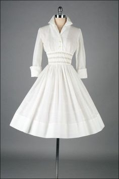 Vintage 1950s Dress - Fashion and Love  Not a tutorial or a pattern, but I'd make one if I could