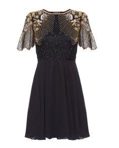 #black #evening #dress #embellished #virgoslounge #fashion #photography