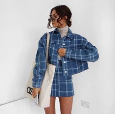 32 chic blazers for trendy women 2018 Source by anjomah work outfits winter ideas Fashion Killa, Look Fashion, 90s Fashion, Fashion Outfits, Jackets Fashion, Fashion Vest, Plaid Fashion, Fashion Clothes, Street Fashion