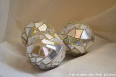 "christmas decor - DIY ""disco ball"" ornaments using old CDs. Love. Great New Year's Eve decor."