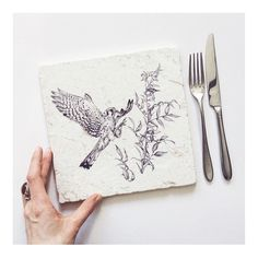 Stone placemats are officially live! I've got limited stock for the mo so GO GO GO snap 'em up quick!  . Available at  skysiouki.tictail.com  Or follow the link in my bio. . . #birdsofprey #illustration #illustrate #birdillustration #natureillustration #wildlifeillustration #kestrel #americankestrel #calledtobecreative #makersgonnamake #makersmovement #makersvillage #createdaily #creativelifehappylife #creativehappylife #beautiful #art #drawing #lukh #handmadewithlove #heartmade…