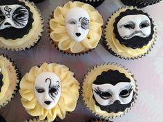 Venetian mask cupcakes