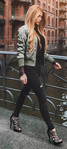 casual outfit inspiration / bomber + top + skinnies + heels