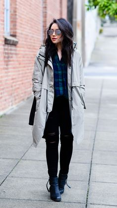Spring Outfit 2016: Everlane Anorak, Acne Pistol Boots, Paige Transcend Skinny Jeans, RayBan Silver Mirror Aviator Sunglasses