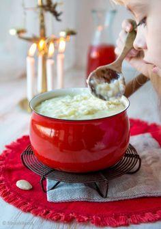 Rice Porridge for Christmas Christmas Feeling, Nordic Christmas, Christmas Kitchen, Christmas Morning, Christmas Baking, Family Christmas, Christmas Time, Christmas Traditions, Real Food Recipes