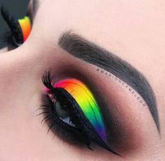 Top 88 Easy Eye Makeup Ideas & Style Pictures Make up Makeup Eye Looks, Beautiful Eye Makeup, Eye Makeup Art, Crazy Makeup, Cute Makeup, Eyeshadow Makeup, Eyebrow Makeup, Beauty Makeup, Rainbow Eye Makeup