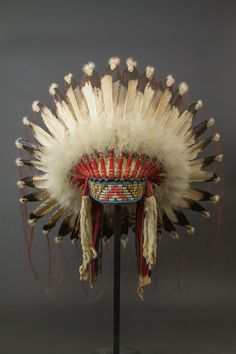 Coiffe de guerre - Native indian feather Headdress - front side  | Galerie Flak
