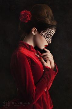 "she-loves-fashion: ""Milena Banach by Beata Banach Photography "" Dark Beauty, Hidden Beauty, Goth Beauty, Love Fashion, Fashion Beauty, Shades Of Red, Colour Shades, Lady In Red, Red Roses"