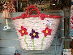 cesta realizada en nuestro taller de patchwork,empiezan nuestros cursos de patchwork,bordadosy lana tel.971250635