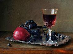 """7 das Artes: """"Still life"""" frutas e vinhos."""