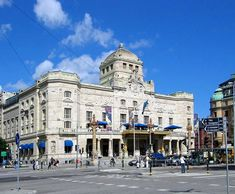 The Royal Dramatic theater in Stockholm Art Nouveau Architecture, Classic Architecture, Kingdom Of Sweden, Scandinavian Countries, Italy Art, Swedish Style, Rio Grande Do Sul, Phnom Penh, World Cities