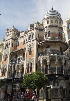 Edificio Filella de José Espiau Muñoz. Sevilla