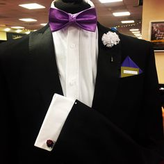 Of course our mannequin Dave is with us rocking a more formal look! #dapperandsuave #weddingtime #lapelpins #pocketsquare #bowtiesarecool #groomsgift #cufflinks @thefairytalefair