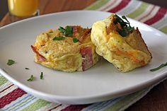 Great idea: mini-baked omelets in muffin tins! These look freezable too which would be great for a quick breakfast!