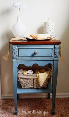 DIY Chalkpaint: Behr's Lyric Blue from the Cottage Collection