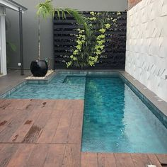 Stylish 37 Inspiring Small Backyard Pool Design Ideas For Your Relaxing Place Dream Pools, Pool Designs, Backyard Design, Outdoor Spaces, Small Backyard, Small Pool Design, Swimming Pool Designs, Outdoor Design